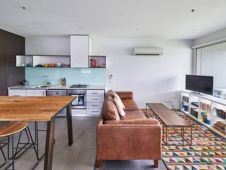 403/64 Macaulay St  . TRANQUIL & MODERN 2 BED INNER NORTH APARTMENT