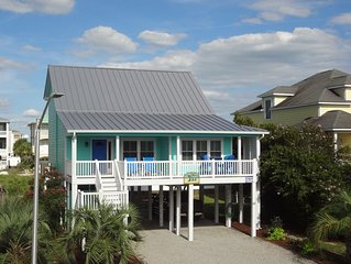 Relax in our Charming House with community pool in Summer Place at OIB!