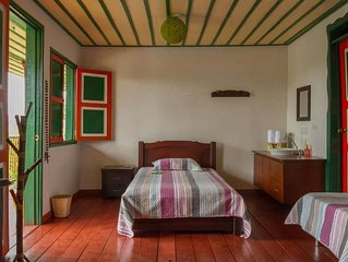Private room in coffee farm with pool for 4 people