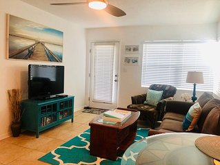 Historic Pass-a-grille beachfront condo with pool St. Pete Beach