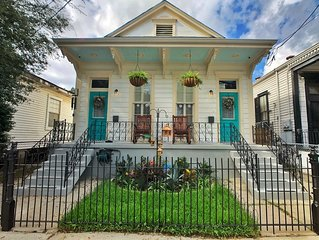 Elegantly Renovated 100yr old Historic Shotgun Double in Lower Garden District