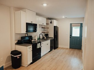 ⭐️CLEAN, CHARMING 2bed Cottage min to FedEx Forum⭐️