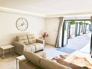 The Leat - Two Bedroom Apartment, Sleeps 4
