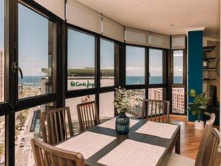 This apartment is a 3 bedroom(s), 3 bathrooms, located in Santa Cruz de Tenerife