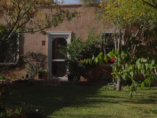 Private Guest House with Hot Springs on bank of Rio Grande