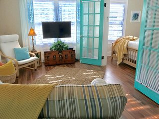 Fun, coastal loft near bay front shops and dining. Reduced price til Dec. 31st.
