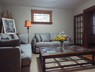 Relaxing, Cosy Home with Summer Time Vibes in the Heart of Charlottetown!