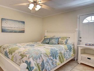 Beach Front  Cozy Townhome Unit 6