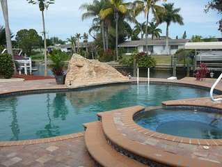 Yacht Club-Waterfront/Private Salt Pool/Spa/Lift/Gulf Access-Includes Utilities