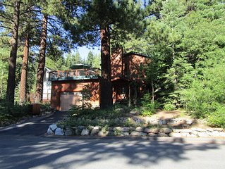 Spacious Incline Village Home, HotTub, Decks & Fireplaces SPECIAL WEEK RATES