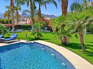 LARGE, PRIVATE Yard & Saltwater, Heated Pool/Spa • Smart Home • Detached Casita
