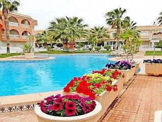 Stunning 2 Bed El Divino Penthouse - Private Roof Solarium, WIFI, Air-con,UK TV