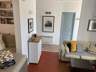 Luxurious ground floor garden apartment in seaside town