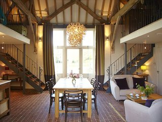 Beautifully Restored Barn; Combining Original Features & high tech for comfort