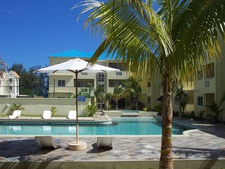 Lovely  apartment in Flic en Flac,  close to the beach and all amenities.