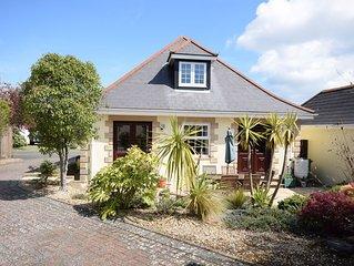 Chalet bungalow in quiet location near Solent shore & Yarmouth, garden & parking