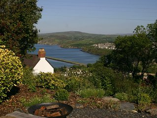 3 bedroom bungalow with uninterrupted views across Fishguard Bay
