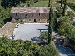 Charming mill dating from the 18th century 10 km from Uzès