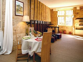 Self catering apartment in the historical centre of Sarlat with wifi