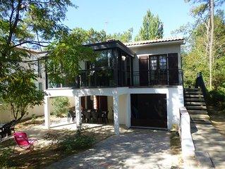 Maison ***3 clés  pour 10/12 quartier résidentiel  à 150 mètres  de la plage