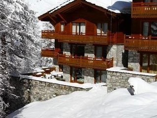 Appartement gd standing ds chalet Val D'Isere, vaste terrasse 6 pers ski  in/out