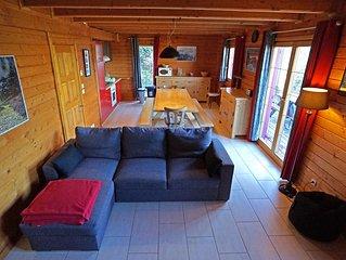 Beau chalet bois 10+p vue lac sauna homecinema pied des pistes, 5'centre 10+p