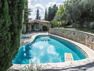 Belle demeure en pierres dans oliveraie, calme absolu, vue panoramique