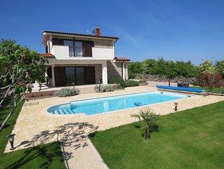 VILLA CALYPSO : 5*****  panorama, calme, piscine sans vis-a-vis, jacuzzi, sauna