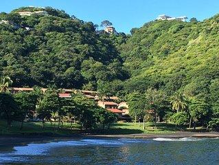 Stunning Direct Beachfront Villa in Bahia Pez Vela - Playa Ocotal