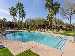 Minutes To ASU, Work Out Room, Pool, Jacuzzi, 2 Bedroom, 2 Bath, Gated