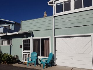 Easy Living at The Beach! One bedroom + One Bathroom