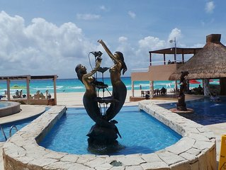 OCEANVIEW BEACHFRONT RESORT CONDO,  POOLSIDE MAIN FLOOR, GATED PLAYACAR I