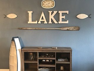 NEW! Remodeled Darling Lake Front Condo/Pool Side too! Boat Slip Incl! 2 BR 2 BA