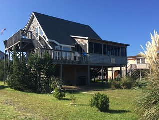 'Welcome Back' is a comfortable, pet friendly oceanside cottage!