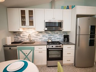 Tranquil Anna Maria Island Resort, Unit 2... Only 4 units, all amenities
