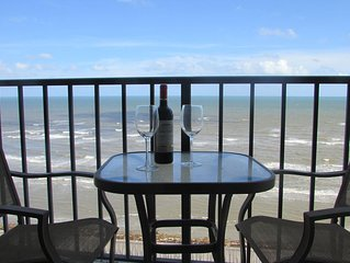 Modern Recently Renovated Beachfront Condo with Amazing Ocean View
