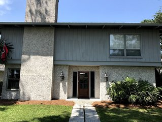**SPECIAL RATE $ 299 ** Marsh Views/East Beach/Walk to beach!  4 BR 2.5 Bth