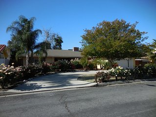 COZY HOME CENTRALLY LOCATED TO 5 GOLF COURSES AND MUCH MORE