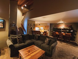 Great Large Family Luxury Townhome- 4 Bedroom - in Snowcreek 4 -  (BTC # 7382)