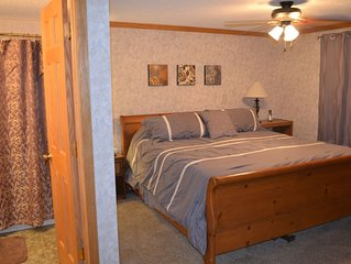 Great Prices, Ski-in/Out, Next to Village, Remodeled, Summer A/C (ML 125)