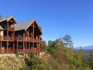 Majestic Mountaintop Retreat- Breathtaking Views, Luxury Lodge over Pigeon Forge