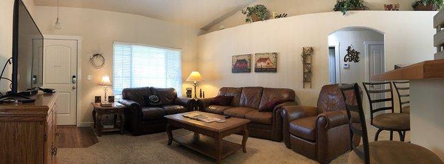 Confortável sala de estar.