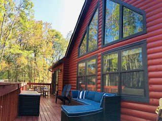 NEW Firepit! | Luxurious Lakefront Chalet | Dock | Kayaks | Gameroom | Fireplace