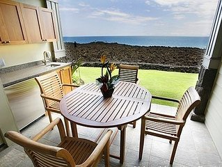 Big Island Halii Kai Oceanfront Home Awaits You ! 15B