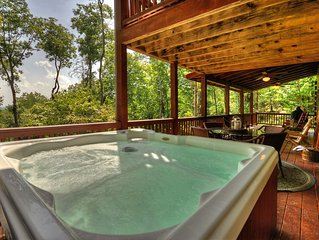 New Cabin! Incredible Views! Hot Tub! Inquire with owner- potential 10% Discount