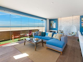 Modern, Immaculate,Oceanfront Condo on Sand; Central Location!