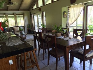 Charming Private Island Style Home w/Large Lanai, King Bed + Ocean View