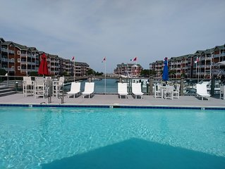 Outer Banks Beautiful Waterfront Condo with Elevator!