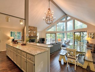 Private, Newly Renovated, Lakefront home minutes from Little Red River and