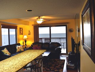 Beautiful/Modern Corner Penthouse 1 BR Oceanfront w/Panoramic View *Best Review*